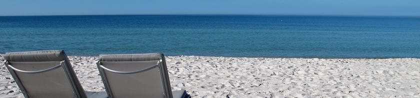 beach-chairs-1200px